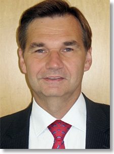 Dr. Walter Kemmsies, Managing Director, Economist and Chief Strategist