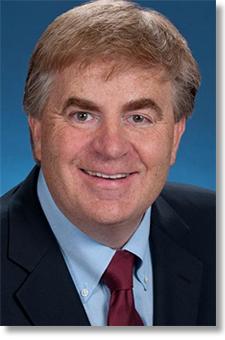 TMNA Executive Vice President Bob Carter